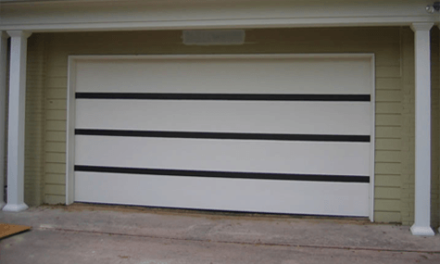 A Complete Guide on Panel Lift Garage Doors