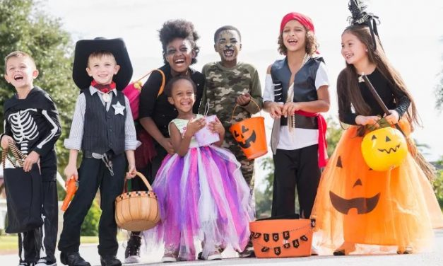 How Can I Buy Halloween Costumes Online?